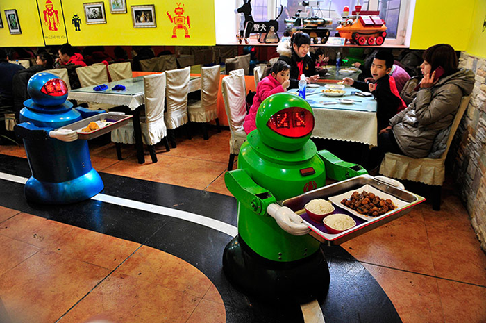 robots-to-replace-human-waiters